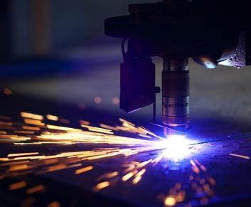 Лазерная резка 0,2... 5 мм.(1250х2500) 4,90 грн./м.п